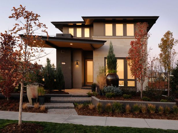Maison moderne et très carrée |