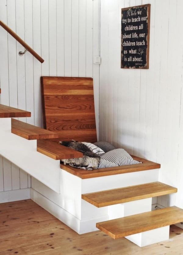 palier escalier, rangement palier escalier, |