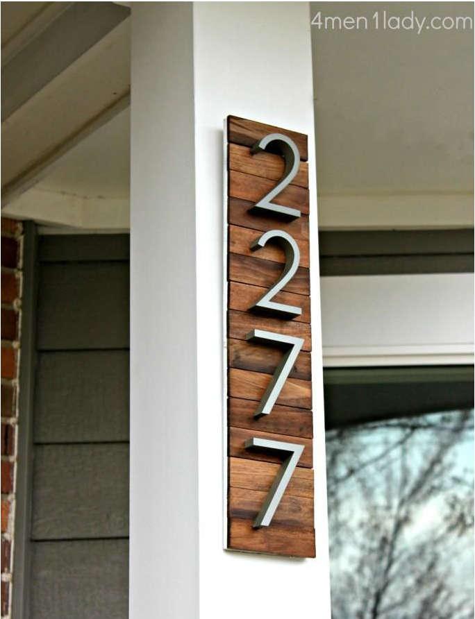 adresse maison planche de bois, adresse maison vertical,