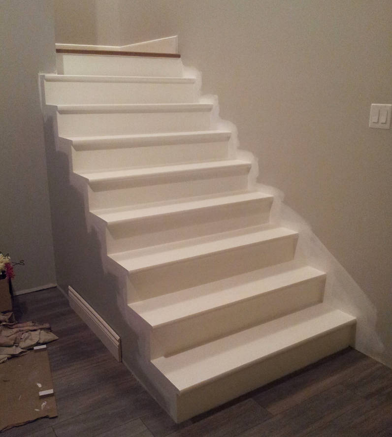 escalier-sous-sol-peinture-blanche-03